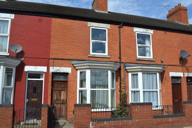 3 Bedrooms Terraced House for sale in Berkeley Street, Scunthorpe