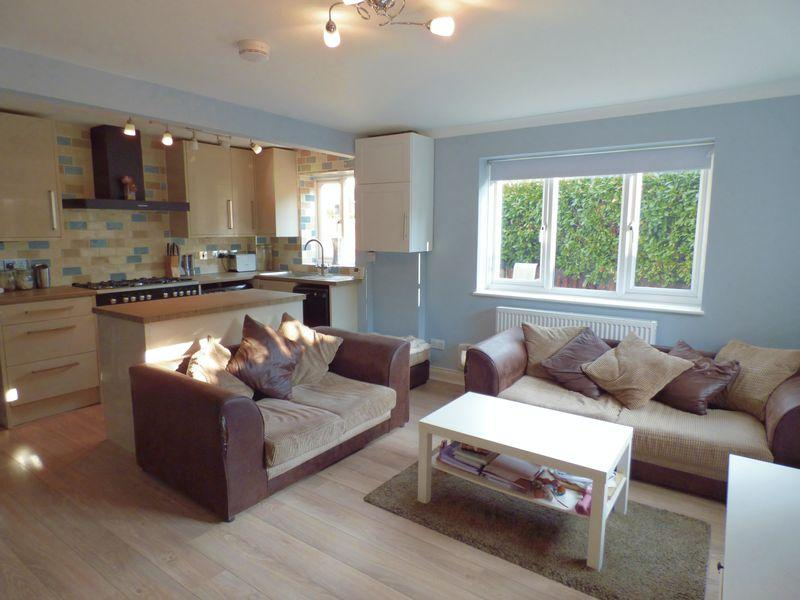 1 Bedroom Terraced House for sale in Leatherhead