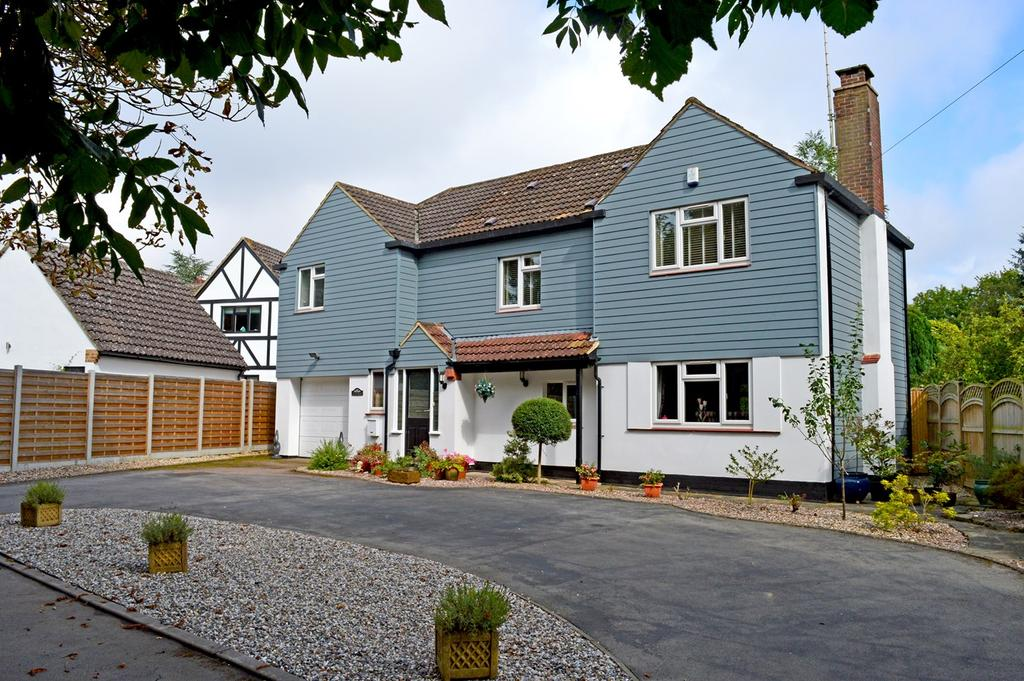 4 Bedrooms Detached House for sale in Dunmow Road, Bishop's Stortford, CM23