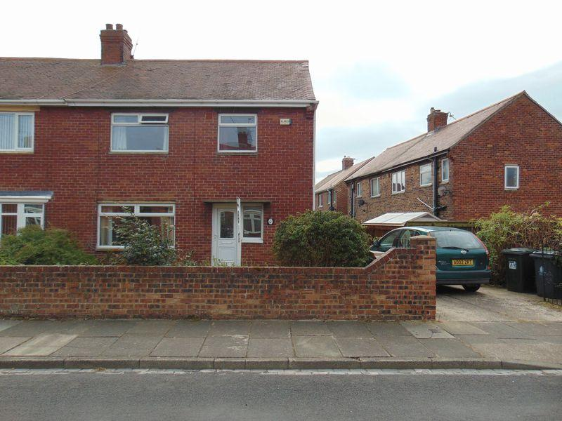 3 Bedrooms Semi Detached House for sale in Moor View, Camperdown, Newcastle Upon Tyne