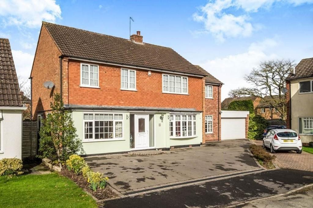 5 Bedrooms Detached House for sale in Rosehall Close, Solihull