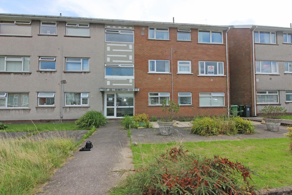 2 Bedrooms Flat for sale in Clos Hendre, Rhiwbina