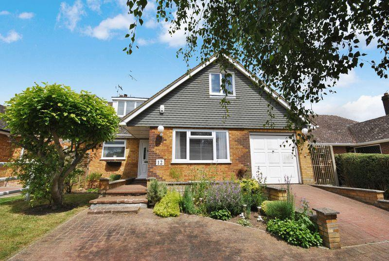 4 Bedrooms Chalet House for sale in Orchard Estate, Eggington
