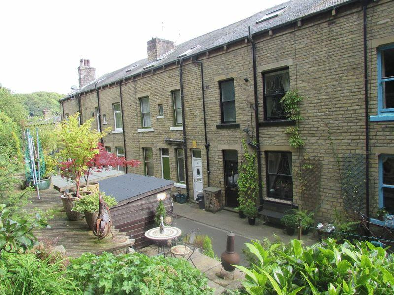 4 Bedrooms Terraced House for sale in Mason Street, Hebden Bridge
