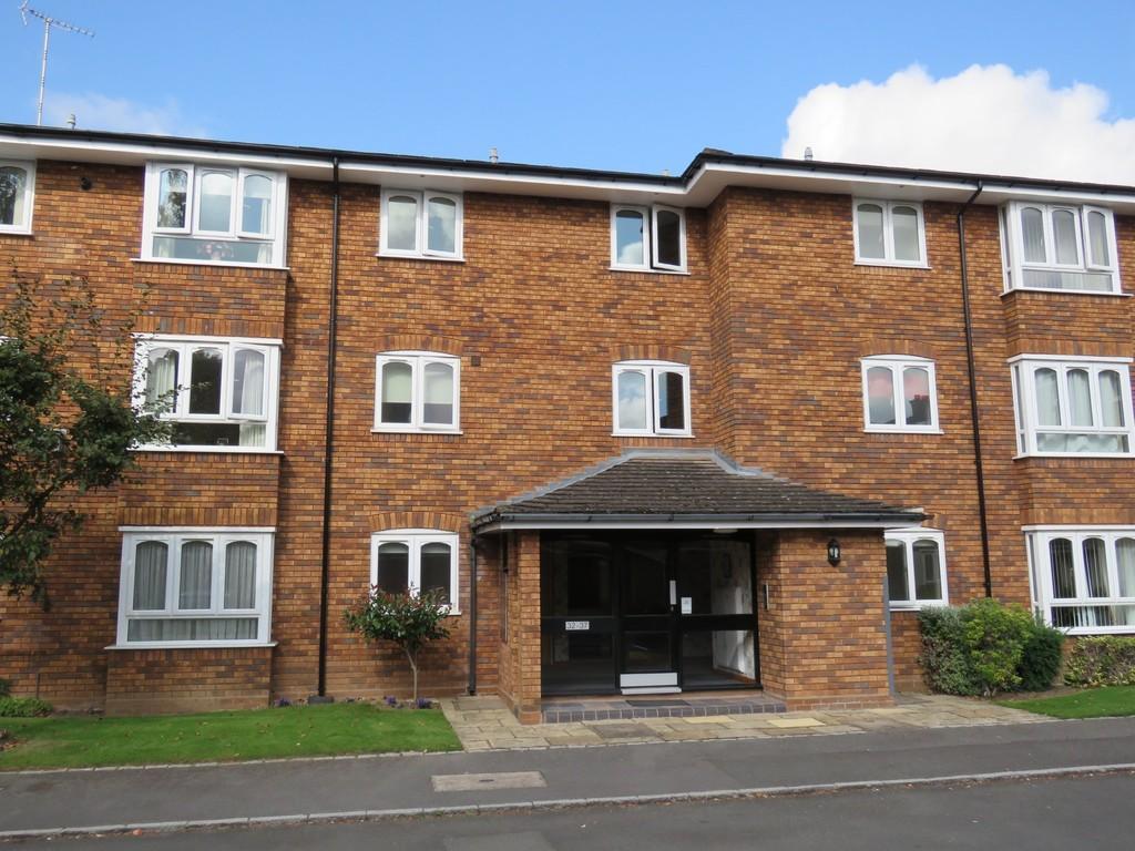 2 Bedrooms Flat for sale in Alderham Close, Solihull