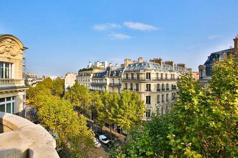 4 bedroom apartment  - Boulevard Saint Germain, Paris 75007, Ile de France