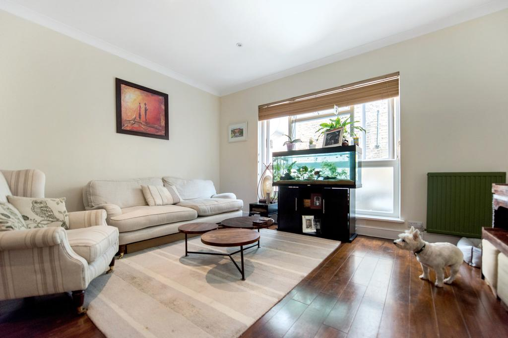 2 Bedrooms Flat for sale in Crisp Road, Hammersmith, London
