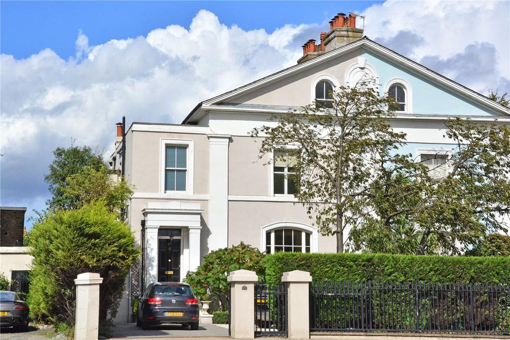5 Bedrooms Maisonette Flat for sale in Shooters Hill Road, Blackheath, London, SE3