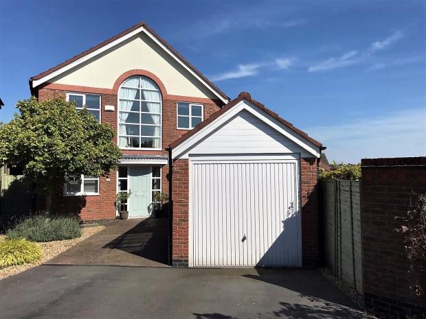 4 Bedrooms Detached House for sale in Foxglove Avenue, Melton Mowbray, LE13