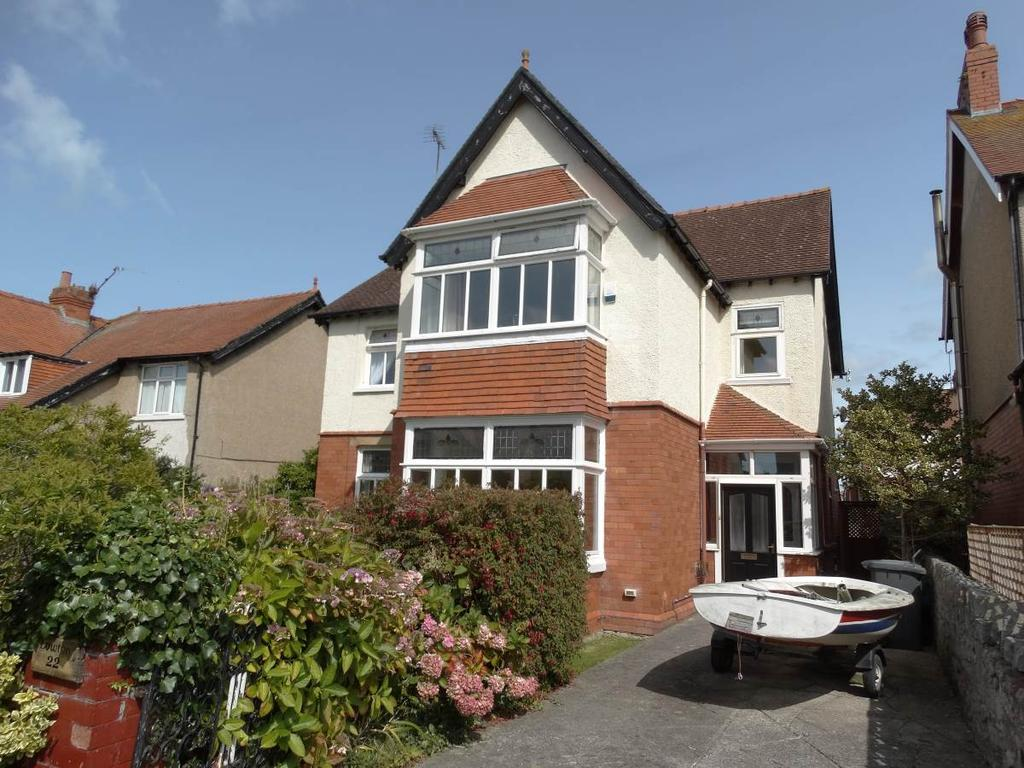 5 Bedrooms Detached House for sale in 22 Wynn Avenue, Old Colwyn, LL29 9RF