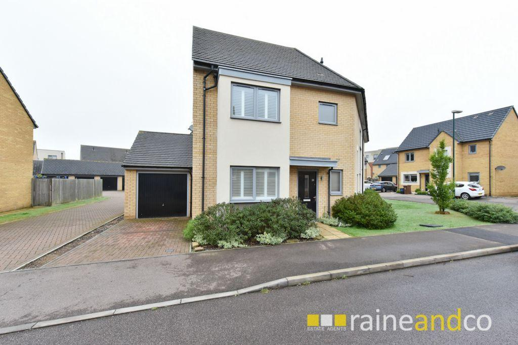 4 Bedrooms House for sale in Compton Place, Stevenage, SG1
