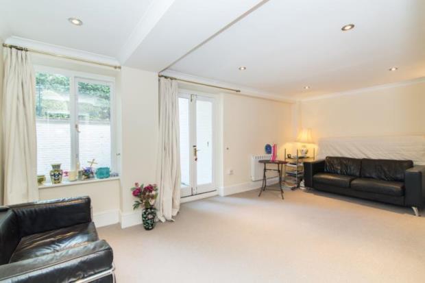 1 Bedroom Maisonette Flat for sale in Hornsey Lane, Highgate, London, N6