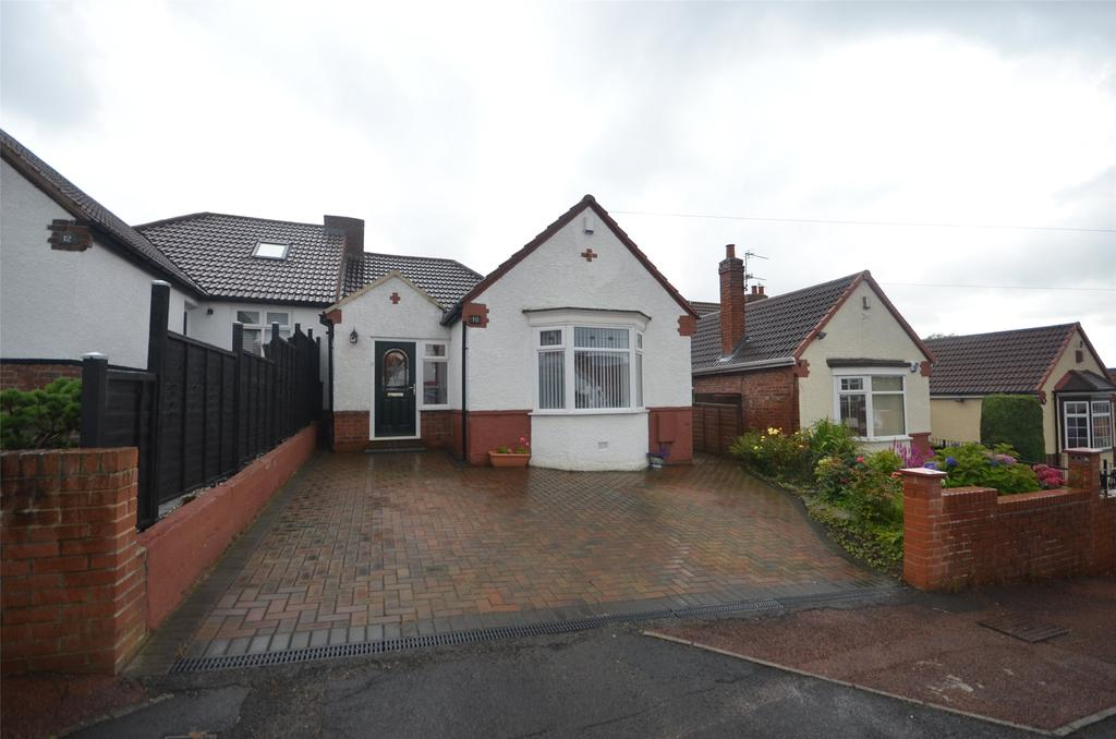 3 Bedrooms Semi Detached Bungalow for sale in Low Fell