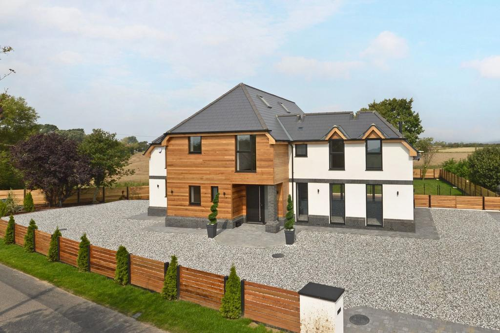 5 Bedrooms Detached House for sale in New Romney, TN28
