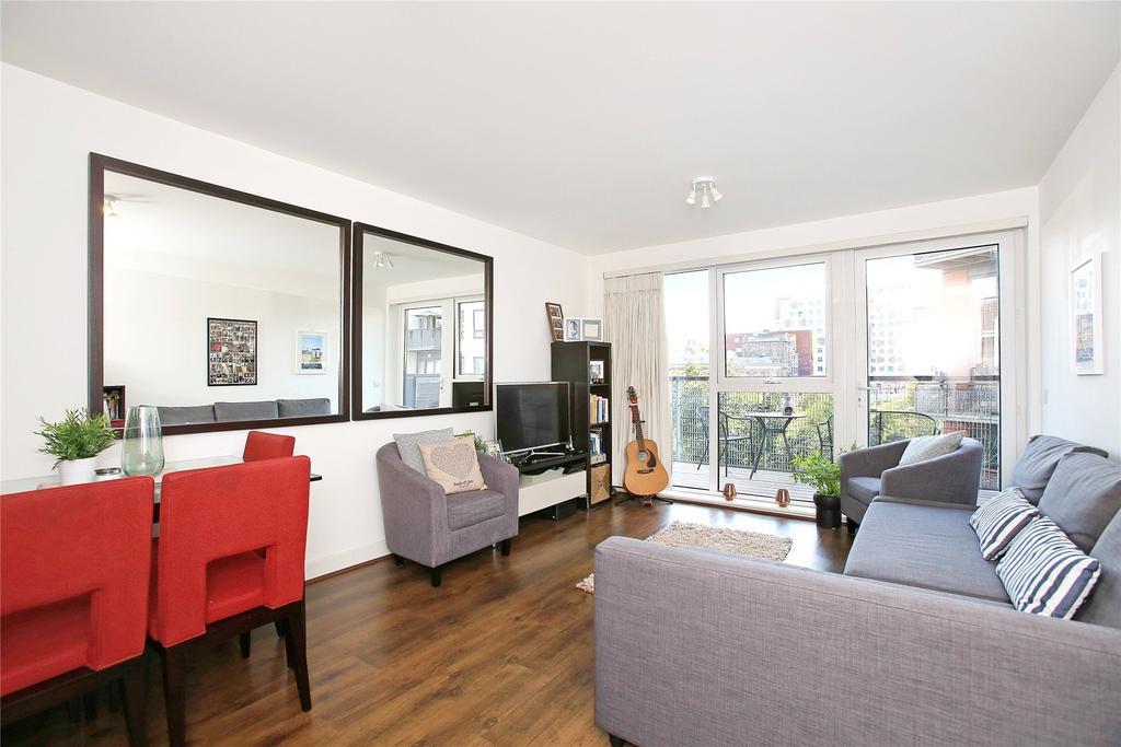2 Bedrooms Flat for sale in Tarves Way, Greenwich, London, SE10