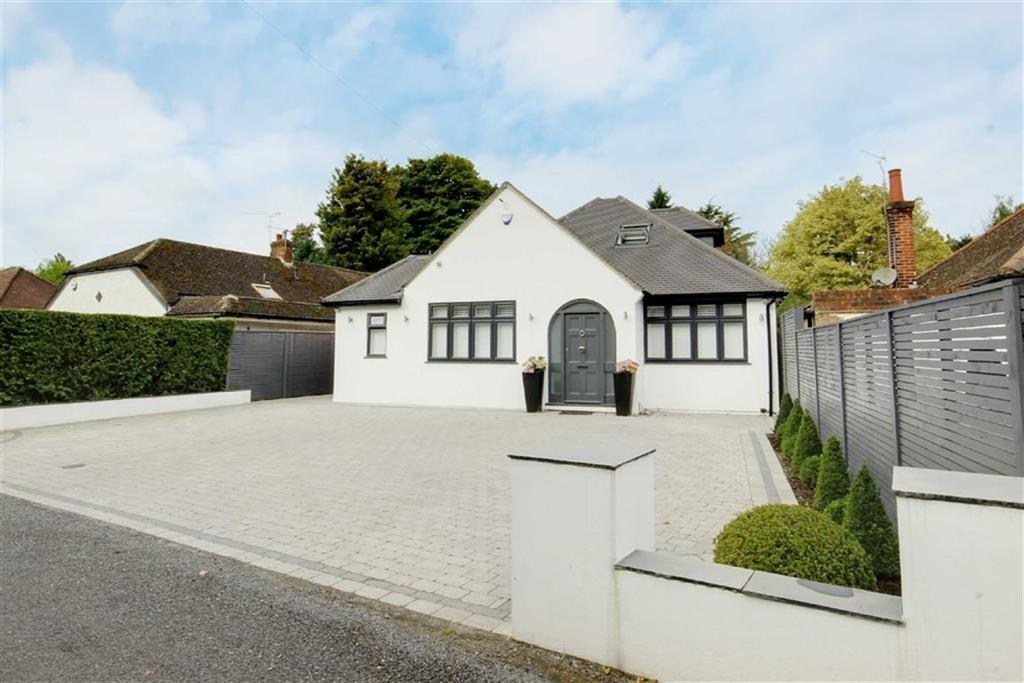 4 Bedrooms House for sale in Warrengate Road, North Mymms, Hertfordshire