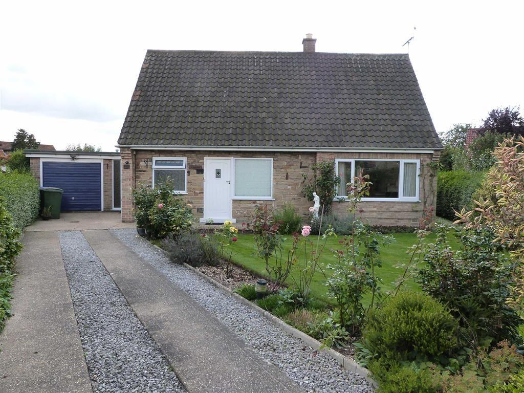 3 Bedrooms Detached Bungalow for sale in The Beeches, Pocklington