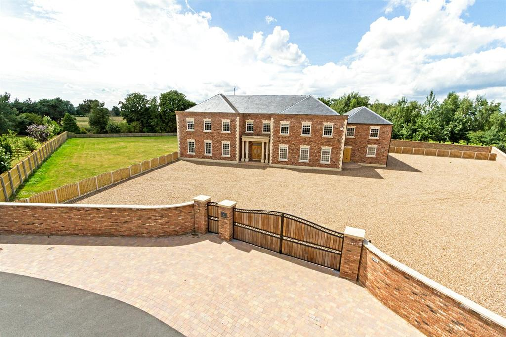 5 Bedrooms Detached House for sale in The Fairways, Torksey, Lincoln