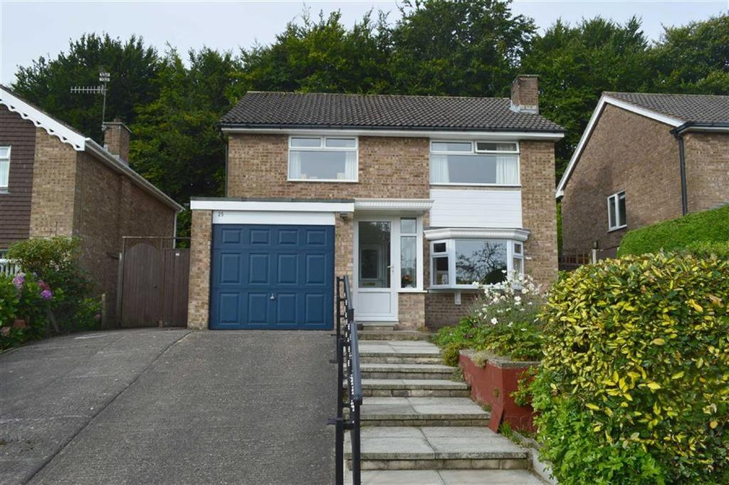 4 Bedrooms Detached House for sale in Farndon Way, Oxton, CH43