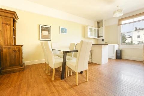 2 bedroom flat to rent - Royal Park, Clifton