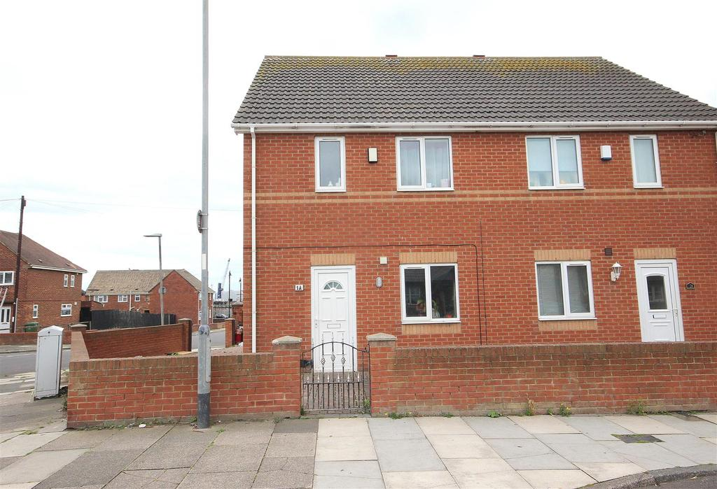 3 Bedrooms Semi Detached House for sale in Frederic Street, Headland, Hartlepool