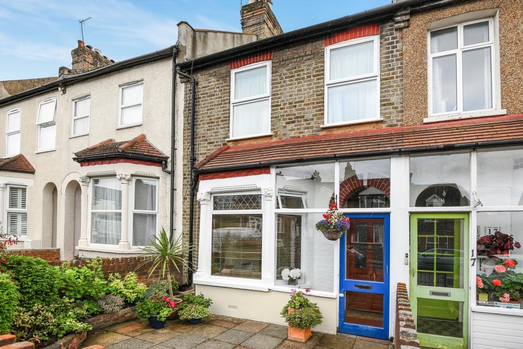 3 Bedrooms Terraced House for sale in Pembroke Road Bromley BR1