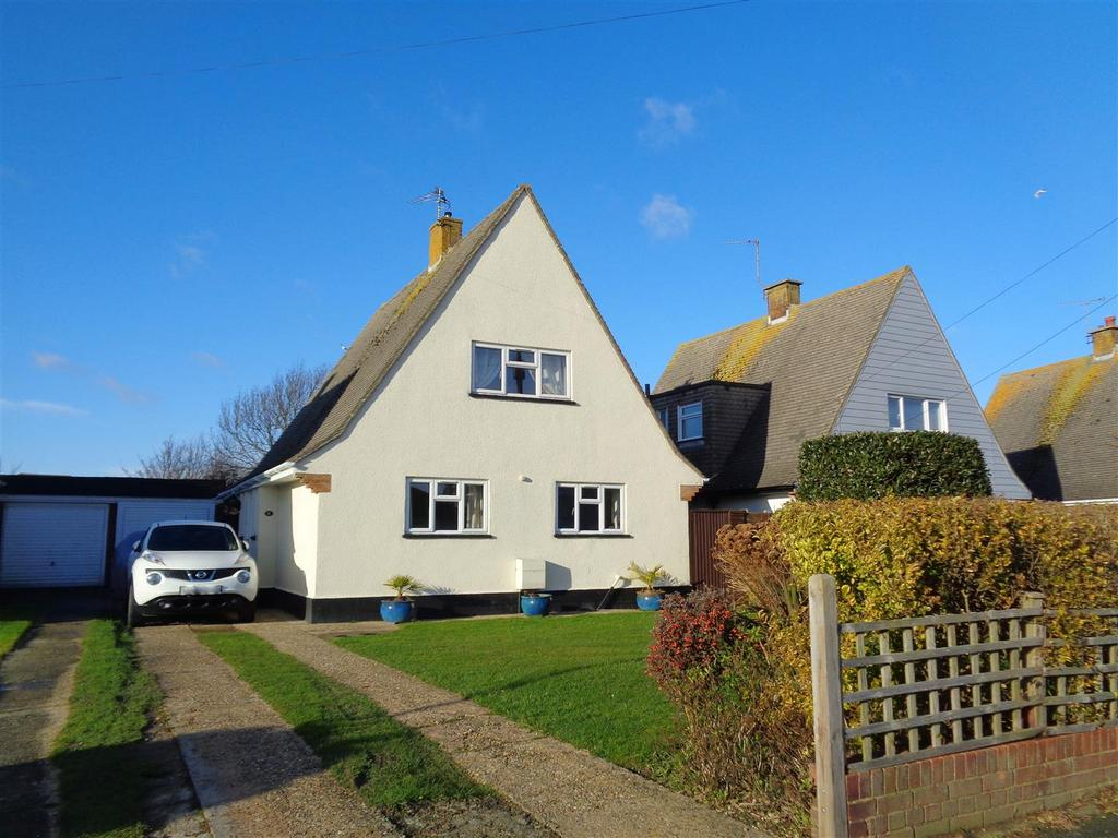3 Bedrooms Detached House for sale in Lane End Road, Middleton-On-Sea