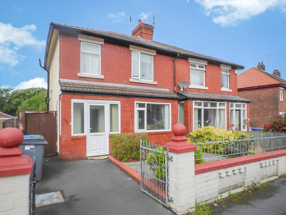 3 Bedrooms Semi Detached House for sale in Layton Road, Layton, Blackpool