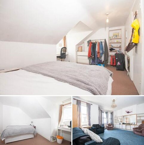 1 bedroom in a house share to rent - St. James Drive, LONDON, SW17