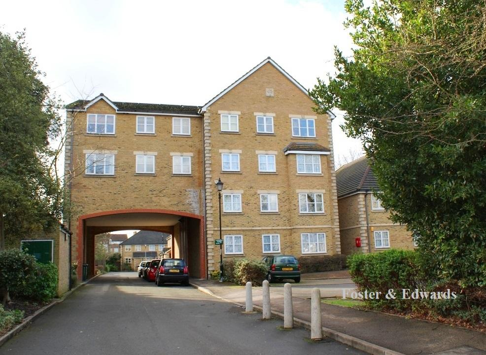 2 Bedrooms Flat for sale in Arborfield Close, Palace Road SW2