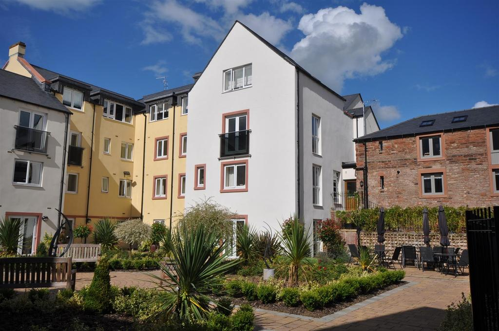 2 Bedrooms Apartment Flat for sale in Friargate, Penrith