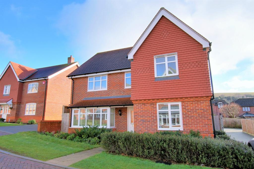5 Bedrooms Detached House for sale in CLANFIELD