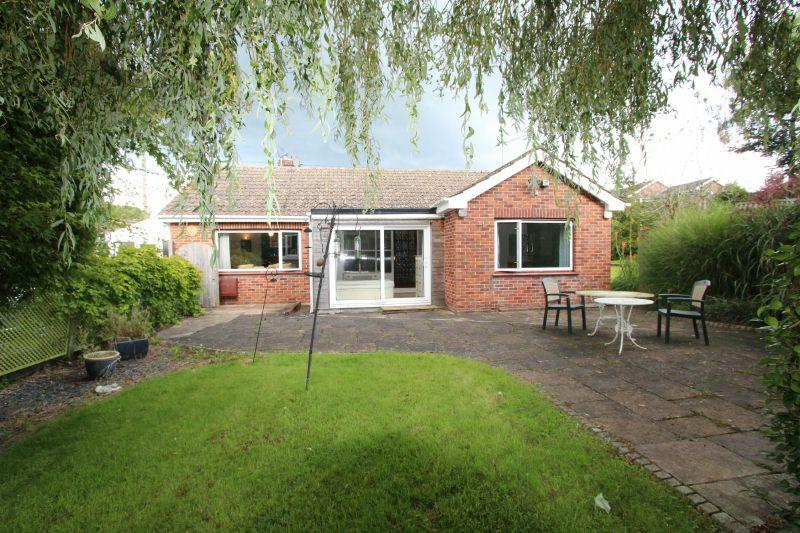 3 Bedrooms Detached Bungalow for sale in SLADE ROAD, OTTERY ST MARY
