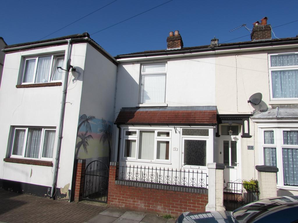 2 Bedrooms House for sale in Emsworth Road, North End, Portsmouth, PO2