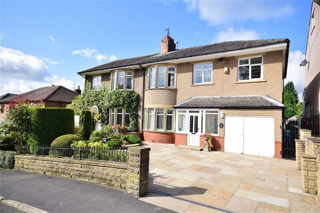 4 Bedrooms Semi Detached House for sale in Knowsley Road, Blackburn