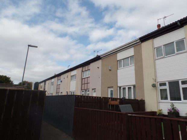 2 Bedrooms Terraced House for sale in KILNHILL WALK, PETERLEE, PETERLEE
