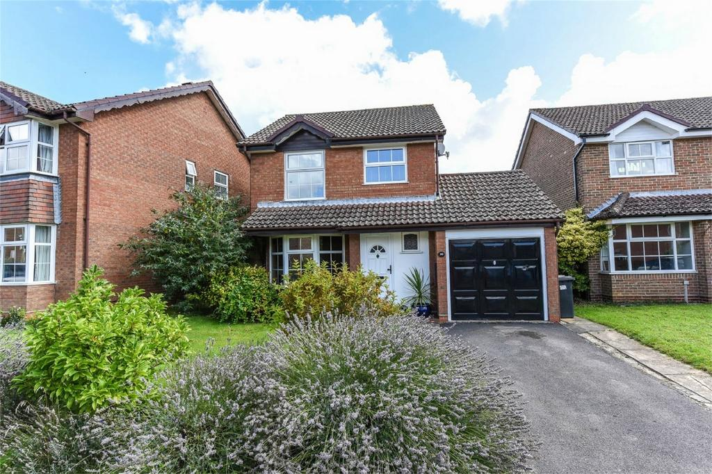 4 Bedrooms Detached House for sale in Goodwood Close, Alton, Hampshire