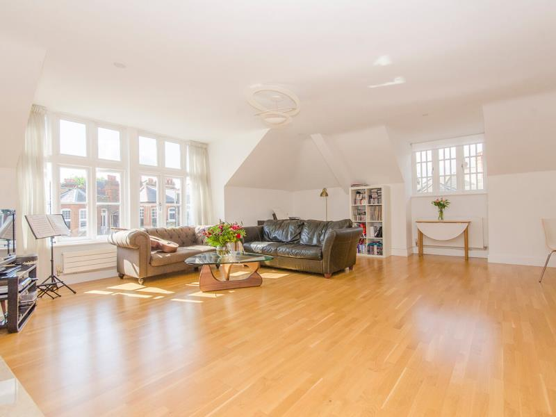 4 Bedrooms Flat for sale in The Dormers, Queens Avenue, N10