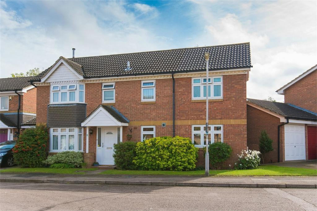 4 Bedrooms Detached House for sale in Rye Gardens, Baldock, Hertfordshire