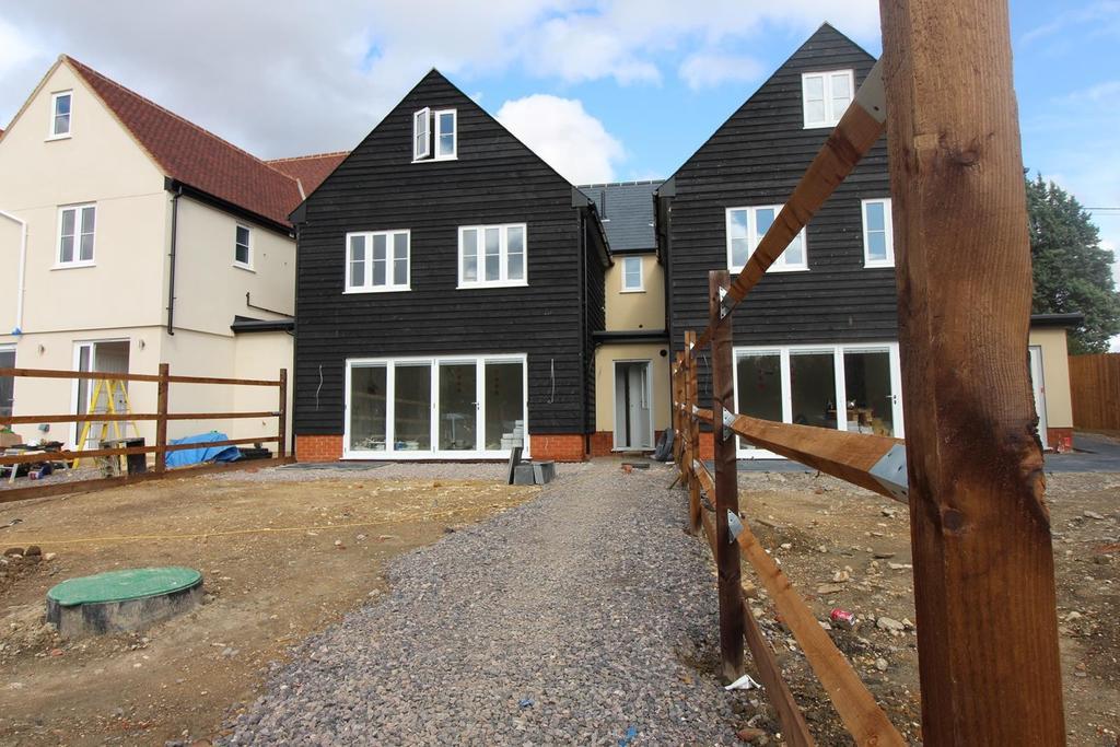 5 Bedrooms Terraced House for sale in Plot 2, The Keys Boyton Cross, Roxwell