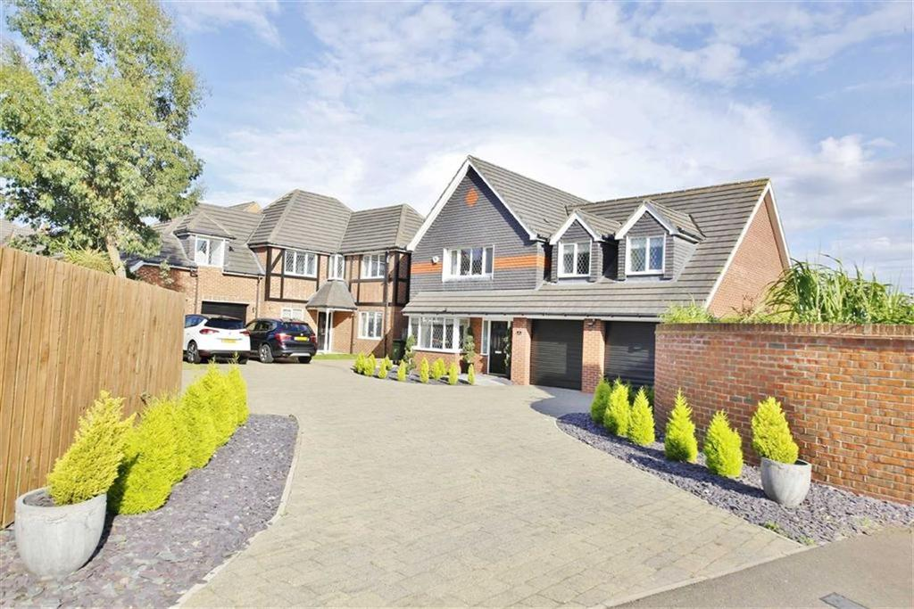 4 Bedrooms Detached House for sale in Kineton Way, Ryhope, Sunderland, SR2