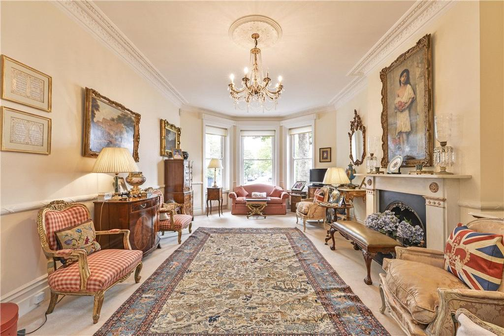 1 Bedroom Flat for sale in Sutherland House, Marloes Road, London, W8