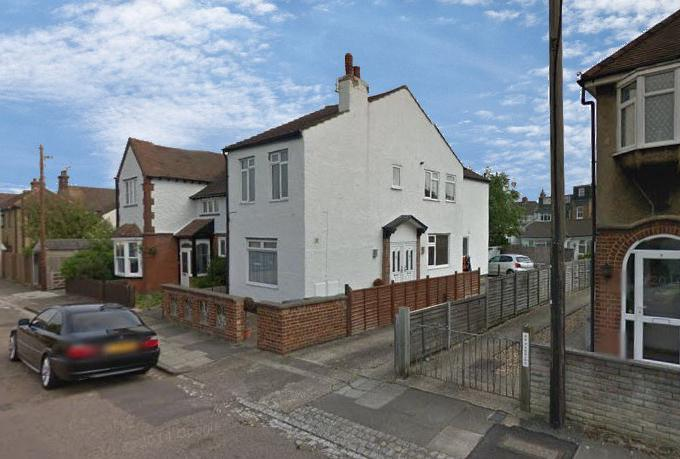 1 Bedroom Maisonette Flat for sale in College Road, St Albans, AL1