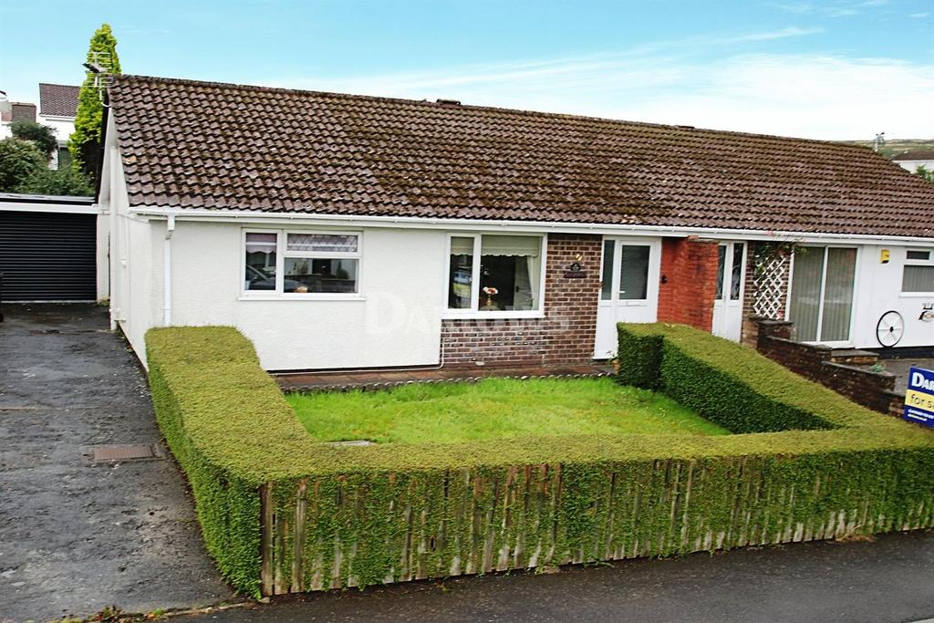 3 Bedrooms Bungalow for sale in Brecon Rise Merthyr Tydfil
