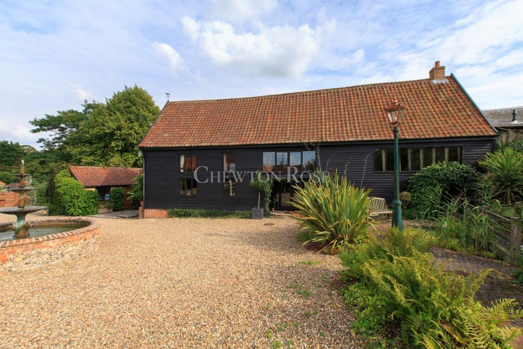 9 Bedrooms Barn Conversion Character Property for sale in Norfolk/Suffolk Borders