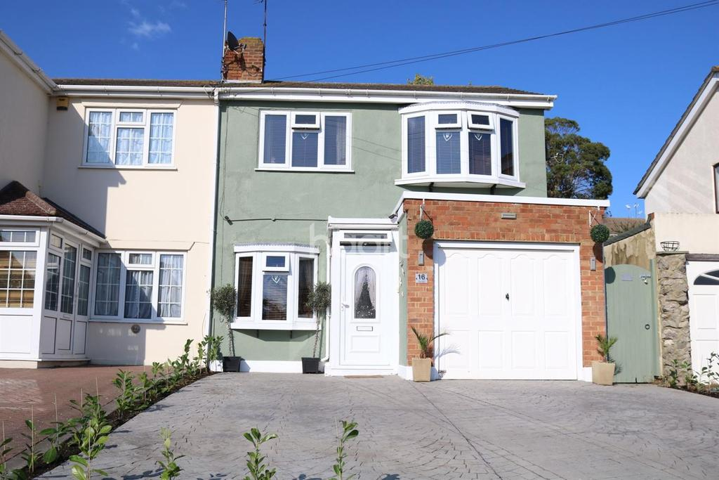 3 Bedrooms Semi Detached House for sale in The Glen, Minster on Sea