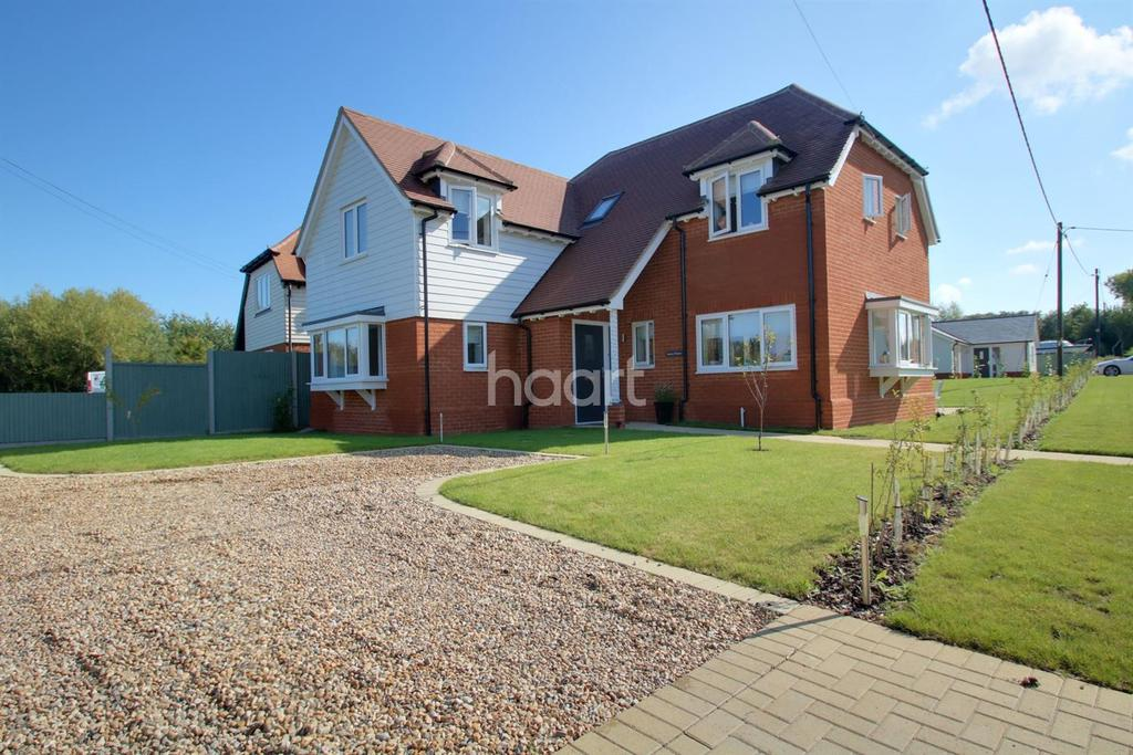4 Bedrooms Detached House for sale in Kent View Drive