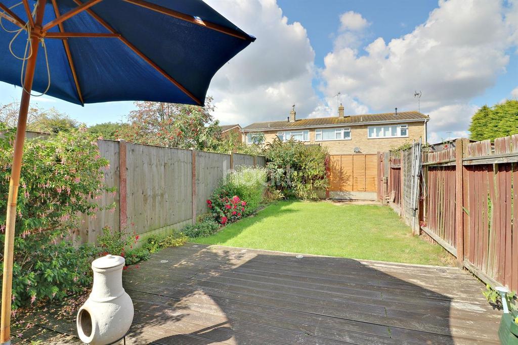 2 Bedrooms Terraced House for sale in Vermeer Crescent, Shoeburyness
