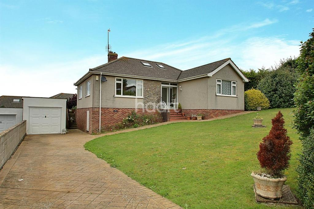 3 Bedrooms Bungalow for sale in Highfield Road