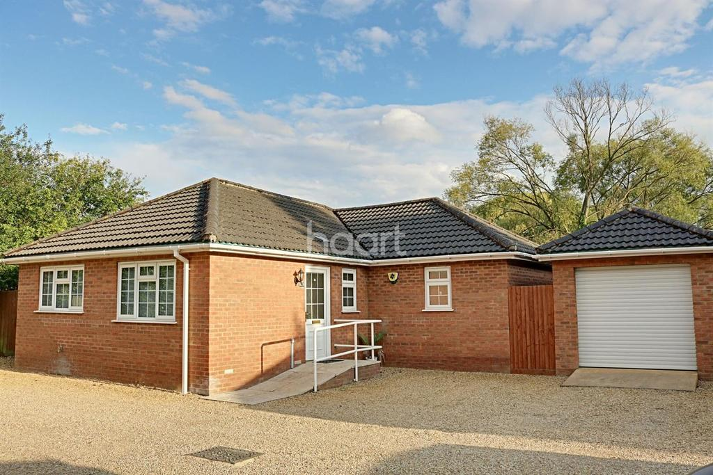 3 Bedrooms Bungalow for sale in Wisbech
